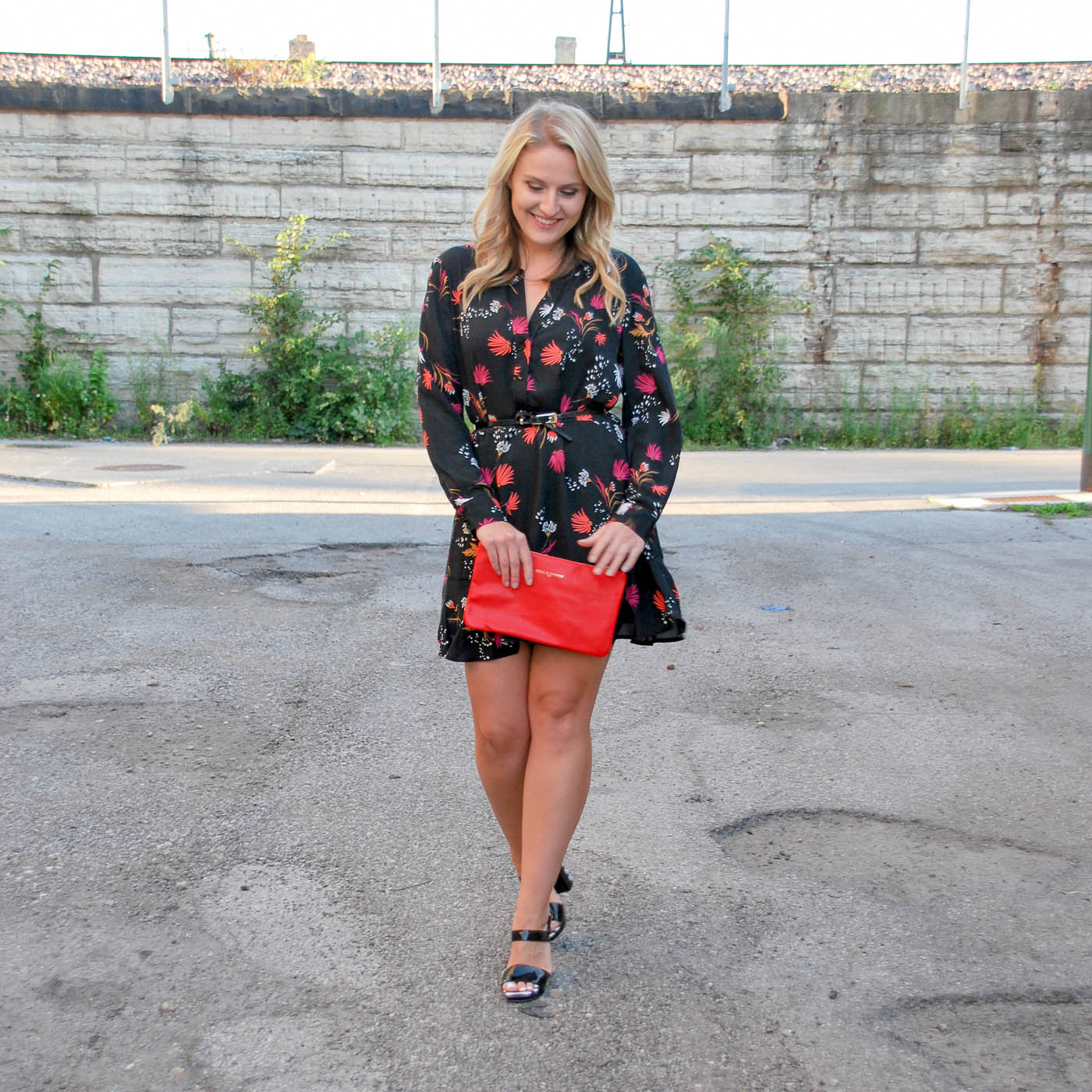 Floral dresses for a night out this fall season