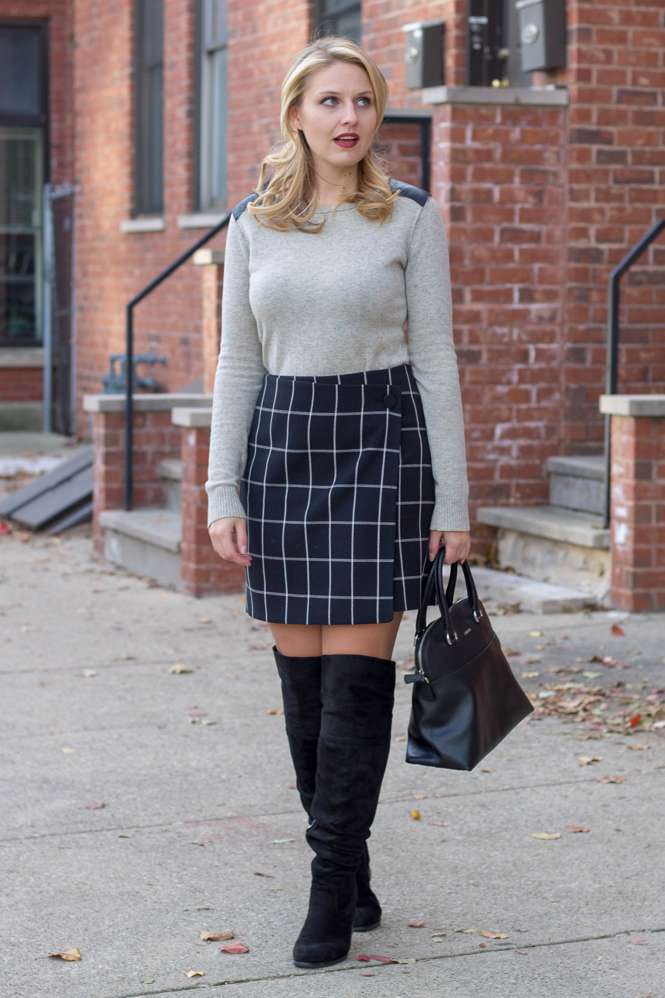 An simple and easy way to wear a windowpane wrap skirt this winter season