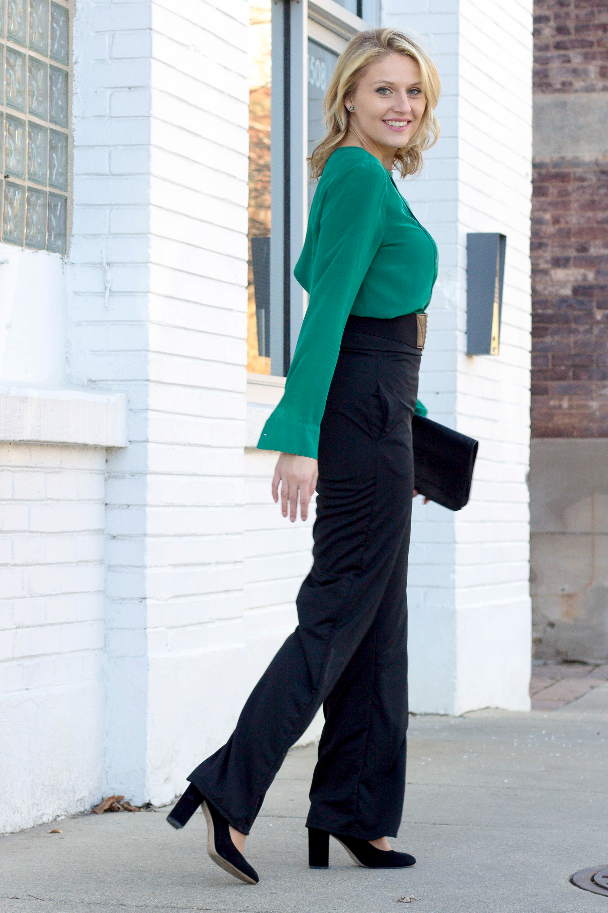 Why High Waisted Dress Pants are perfect for the workplace
