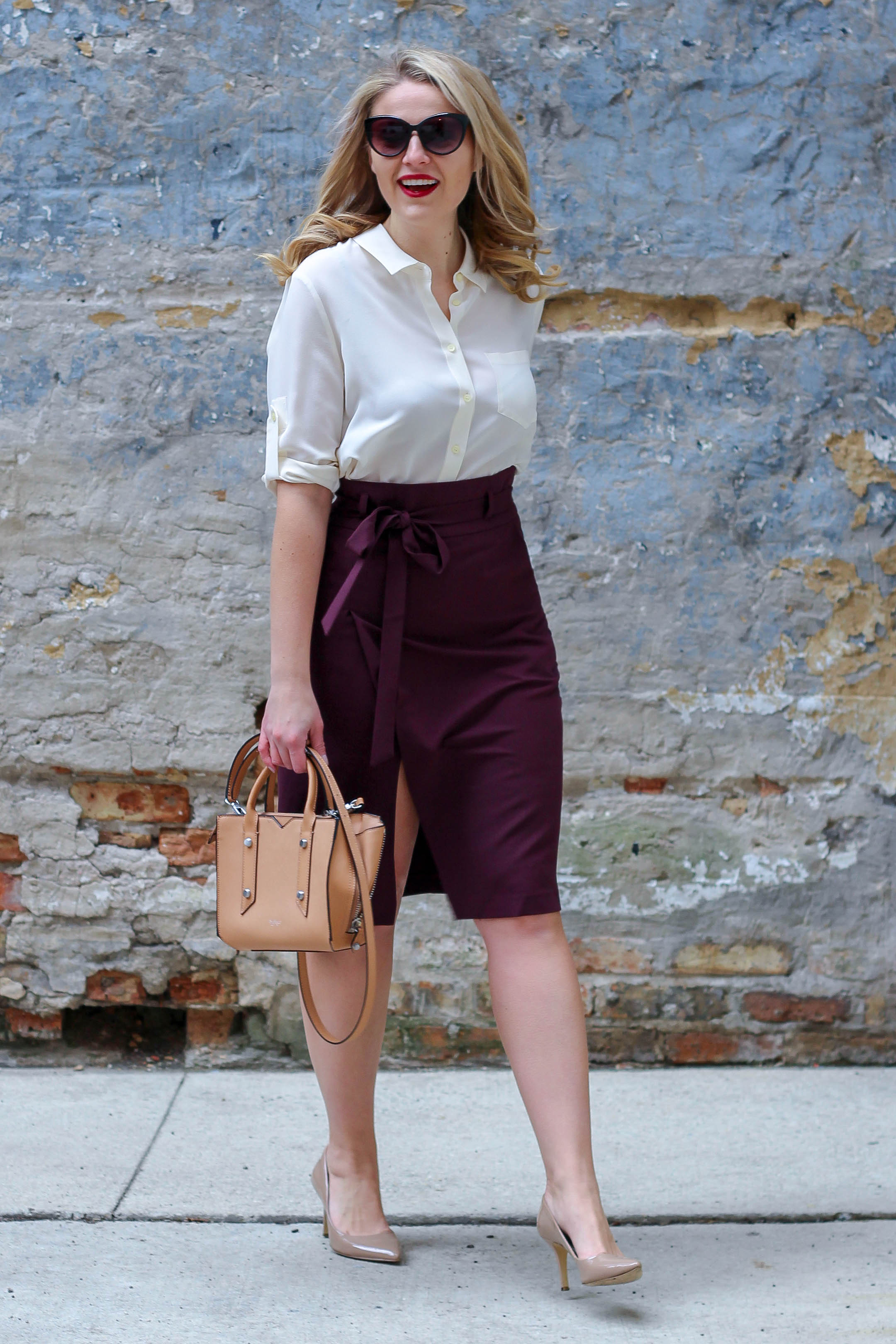 How to style the paperbag trend this spring season by wearing this pencil skirt from ASOS