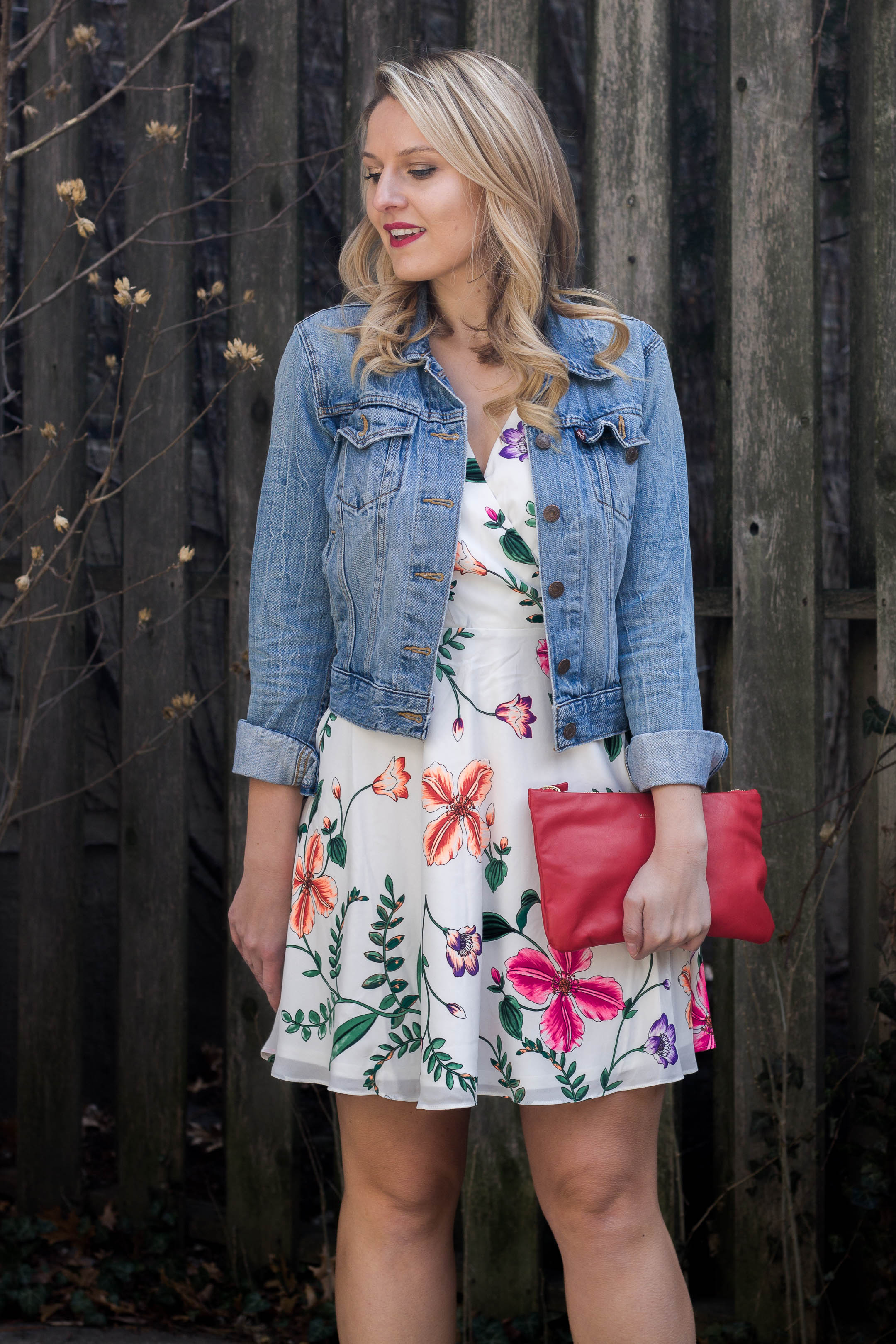 How to style your jean jacket this spring