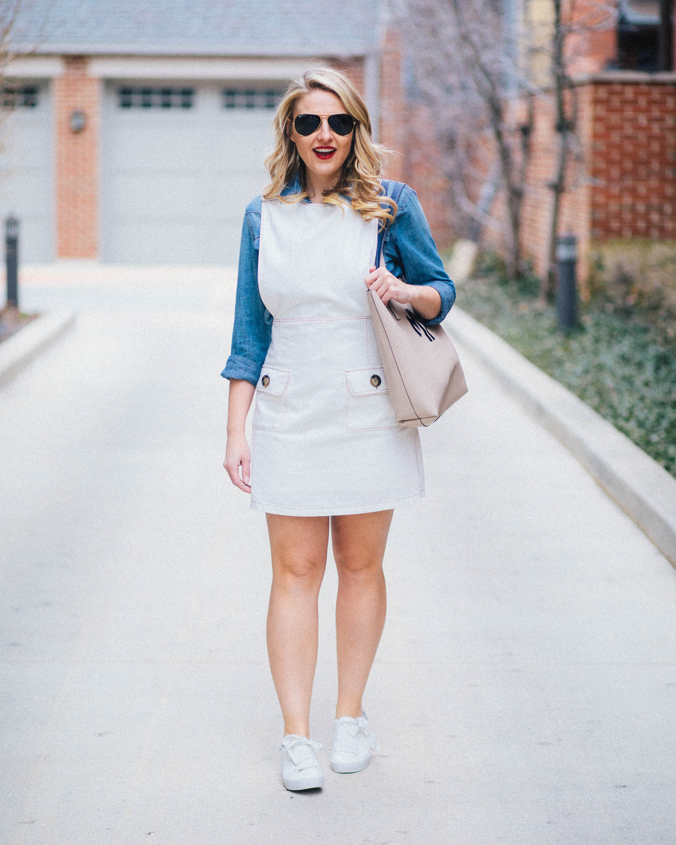 How to wear a denim overall dress this summer